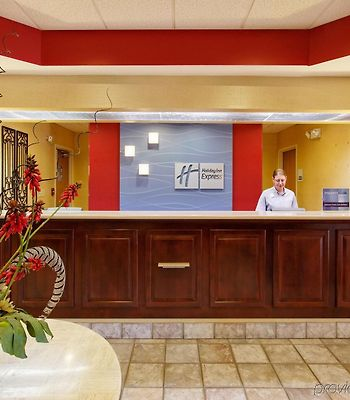 Holiday Inn Express Hotel & Suites Crossville photos Interior