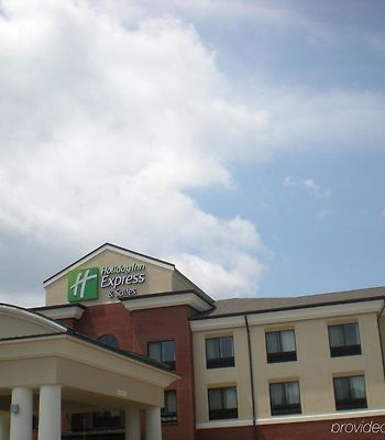 Holiday Inn Express Hotel & Suites Fairmont photos Exterior