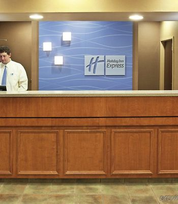 Holiday Inn Express Hotel & Suites Cincinnati-Blue Ash photos Interior