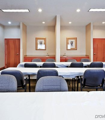 Holiday Inn Express Hotel & Suites Forest photos Facilities