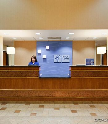 Holiday Inn Express Madera photos Interior
