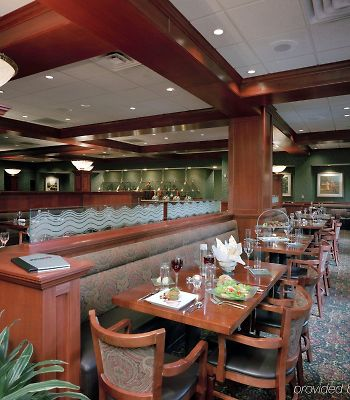 Doubletree By Hilton Detroit - Dearborn photos Restaurant