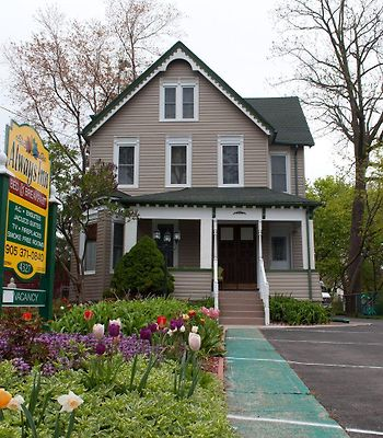 Niagara Inn Bed & Breakfast photos Exterior