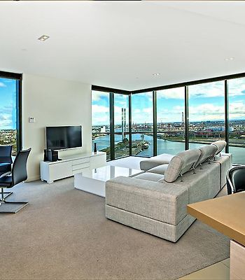 Melbourne Holiday Apartments At Northbank - Downie Street photos Room