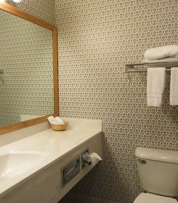 Baymont Inn And Suites Waunakee photos Room
