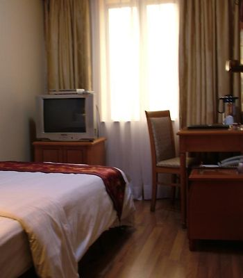 Dongjia Flatlet Hotel photos Room