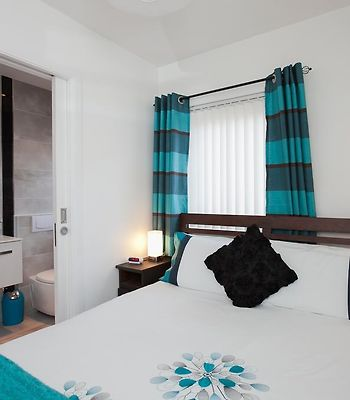 Self Catering Belfast City Apartment photos Room