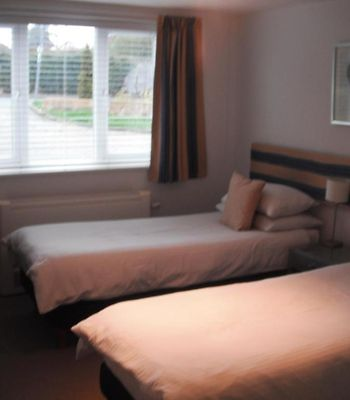 Basingstoke Lodge photos Room