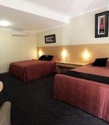 Cattlemans Country Motor Inn & Serviced Apartments photos Room