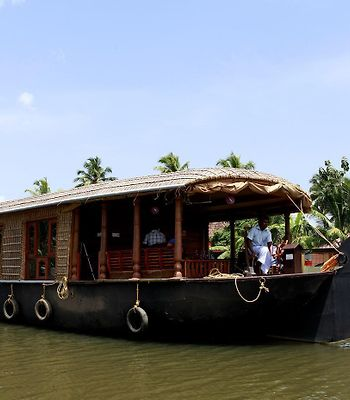 Royal Life Houseboat photos Exterior