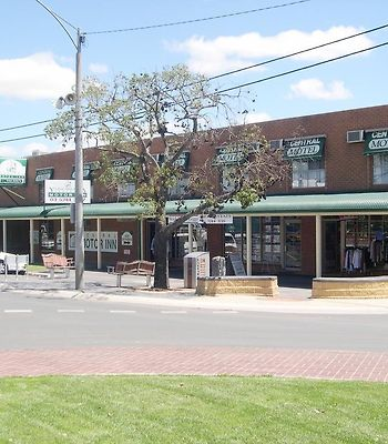 Central Yarrawonga Motor Inn photos Exterior Hotel information