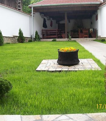 Hera Guest House photos Exterior Hotel information