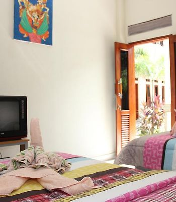 Warung Coco Poppies 2 photos Room