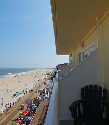 Howard Johnson Plaza Hotel - Ocean City Oceanfront photos Exterior Hotel information