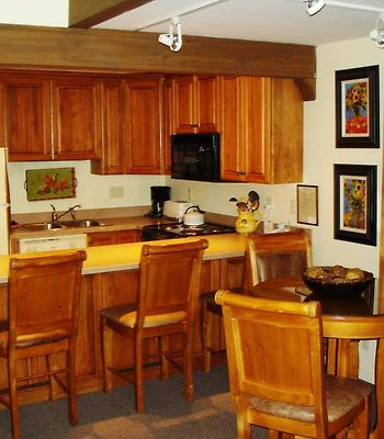 Lichenhearth Condos photos Room