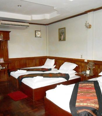 Rattanasavanh photos Room