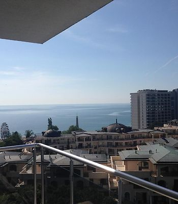 Dilov Apartments In Yalta Golden Sands photos Exterior Hotel information
