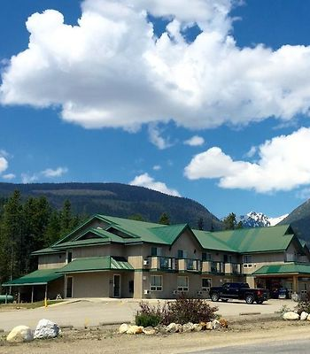 Glacier Mountain Lodge photos Exterior Hotel information