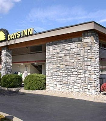 Days Inn Pittsburgh-Harmarville photos Exterior