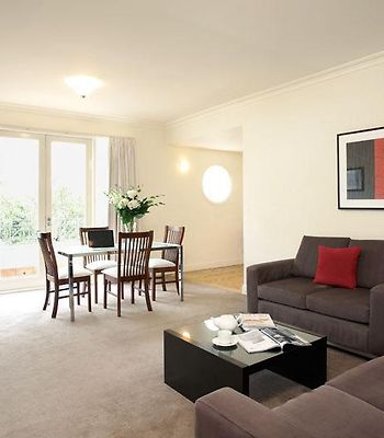 Caroline Serviced Apartments South Yarra photos Room Hotel information