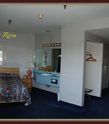 Americas Best Inns-Redding photos Room