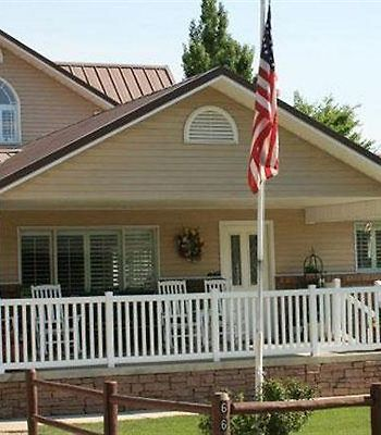 Bryce Canyon Livery Bed & Breakfast photos Exterior