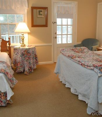 The Sugarbush Inn photos Room