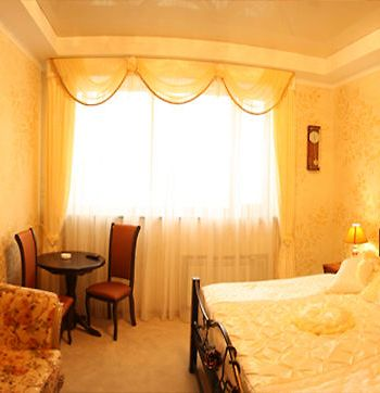 Plaza Hotel photos Room
