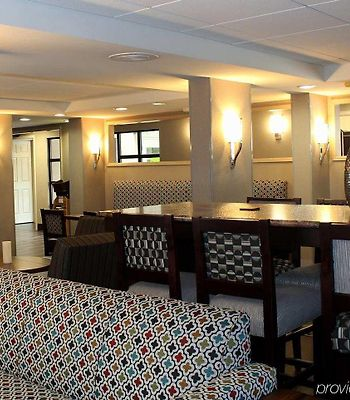 Hampton Inn Hilton Head photos Interior