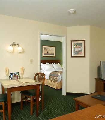 Residence Inn Saratoga Springs photos Room