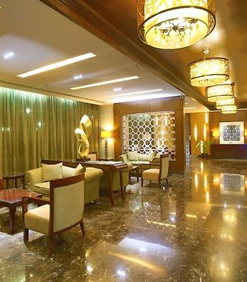 The Metroplace Hotel photos Interior Lobby View