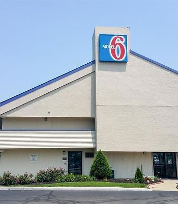 Super 8 Grove City Oh photos Exterior