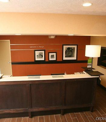 Hampton Inn & Suites Fargo photos Interior