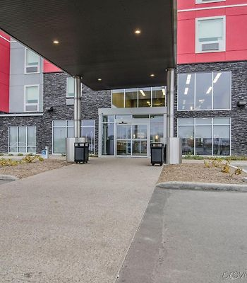 Mainstay Suites Saskatoon photos Exterior