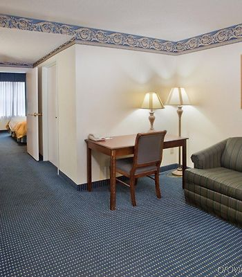 Capitol Suites photos Room