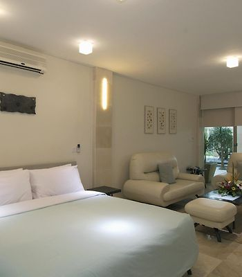 Furama Xclusive Resort Ocean Beach Seminyak photos Room