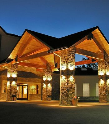 Best Western Plus Lodge At River'S Edge photos Exterior Front Entry at Night