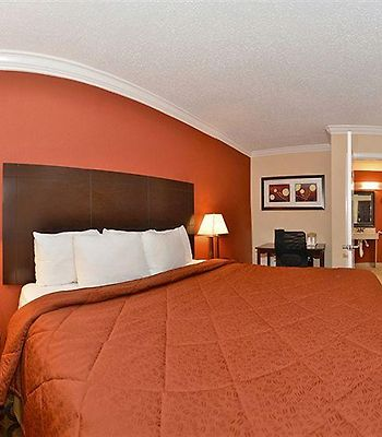 Econo Lodge Richmond Hill photos Room