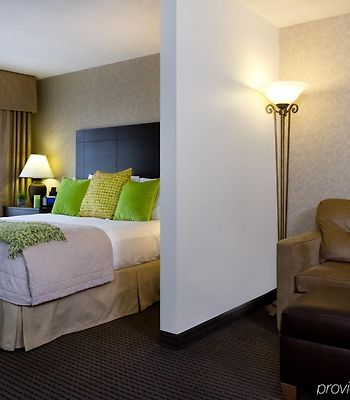 Holiday Inn Express & Suites Alpharetta - Windward Parkway photos Room