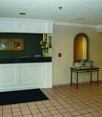 Motel 6 St. Louis Maryland Heights photos Interior