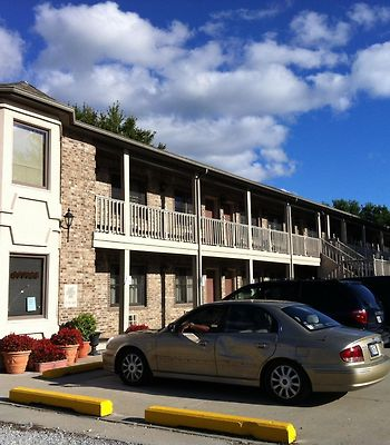 East Street Inn Suites Tipton photos Exterior