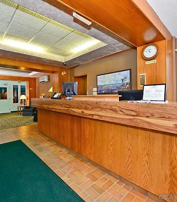 Canadas Best Value Inn & Suites Parry Sound photos Exterior