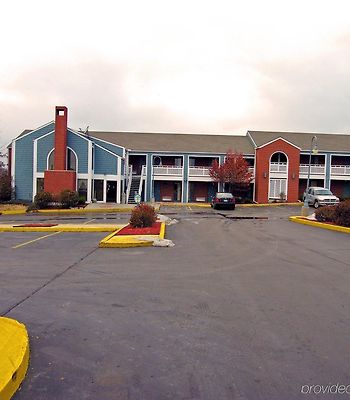 Days Inn Kansas City-Worlds Of Fun photos Exterior