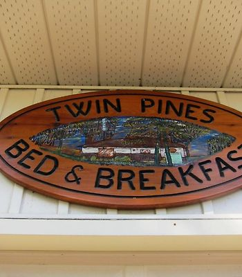 Twin Pines Bed And Breakfast photos Exterior Hotel information