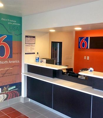 Motel 6 Bryan - College Station photos Interior Lobby view