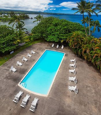 Castle Hilo Hawaiian photos Exterior