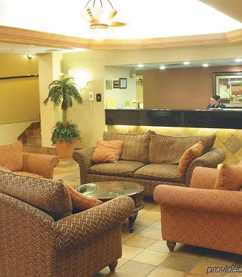Quality Inn & Suites Winter Park Village Area photos Interior