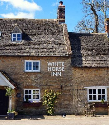 The White Horse Inn photos Exterior Hotel information
