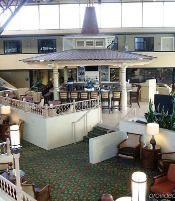 Crowne Plaza Jacksonville Airport/I-95N photos Interior
