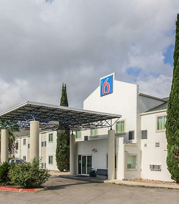 Motel 6 New Braunfels photos Exterior Hotel information